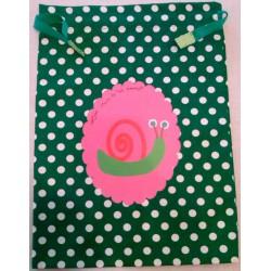 Saquito verde Caracol rosa vinilo